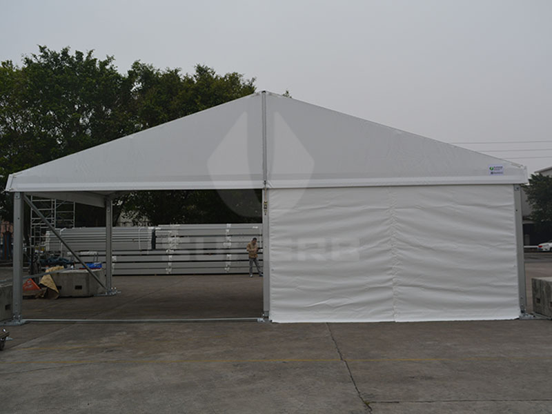 20x20 Party Tent